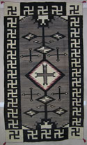 Early Toadalena /Two Grey Hills Rug